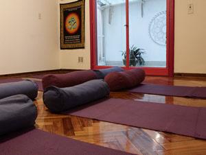 Clases de posturas de Yoga
